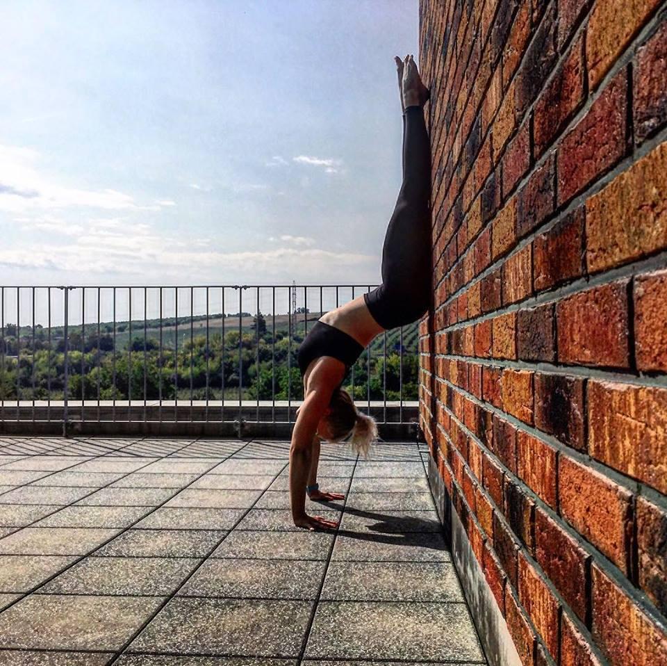 Instruktorka jogy